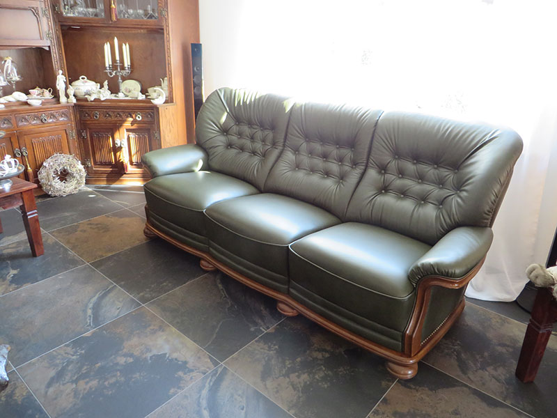 englisches sofa great hausdesign englisches sofa leder. Black Bedroom Furniture Sets. Home Design Ideas